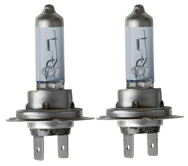 Halfords Autolampen H7 Xenon Look  Description: De Halfords autolamp H7 Xenon Look is een lamp die je gebruikt voor dim- en grootlicht. In deze set vind je twee H7 Xenon Look lampen. Aan te raden is om autolampen altijd per twee te vervangen. Bij de meeste auto's kun je prima zelf je autolampen vervangen.  Price: 19.99  Meer informatie