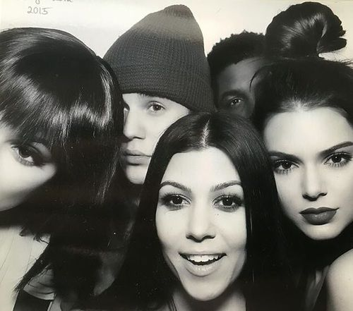Картинка с тегом «kourtney kardashian, kendall jenner, and justin bieber»
