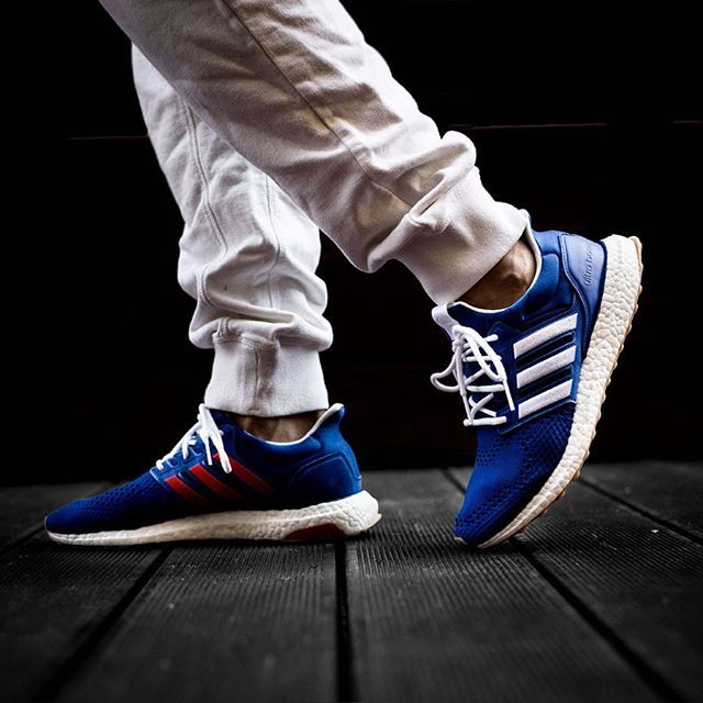 7e6c1bccf1e34 ENGINEERED GARMENTS X ADIDAS CONSORTIUM ULTRA BOOST 1.0 release 20 Ottobre  H00.01 in store