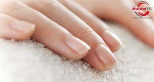 Casa rimedi per ottenere unghie lucide
