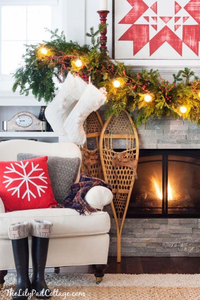 Best 25+ Christmas mantel decor ideas on Pinterest