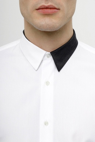 Slim-fit... Dual color... The combination of 'Black and White' *never* goes out of style.