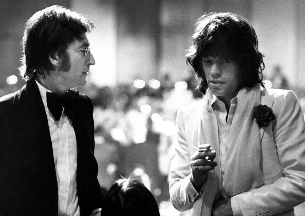 John Lennon and Mick Jagger by Ron Galella, 1974  from: http://awesomepeoplehangingouttogether.tumblr.com/: Ron Galella, Music, Photo, People, Mick Jagger, John Lennon