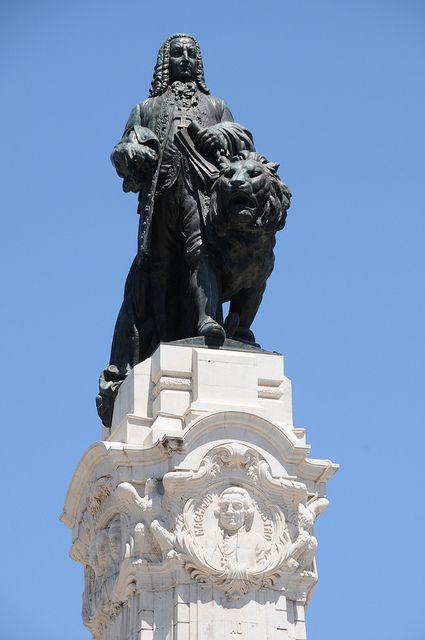 Marques de Pombal en Lisboa. Proyector de la Baixa tras el gran terremoto acaecido en Lisboa en el siglo XVIII, y que dejó la ciudad baja completamente destruida.