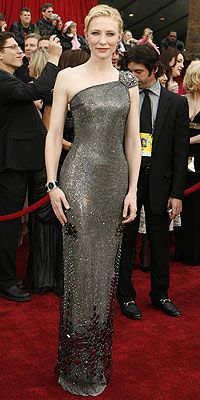 Cate in silver crystal-mesh Giorgio Armani Privé gown, topped with a tulle beaded floral overlay and Lorraine Schwartz diamonds - 2008 Oscars.
