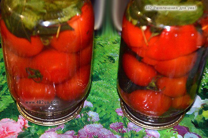 Пряные консервированные помидоры. Оригинальный рецепт засолки на зиму.