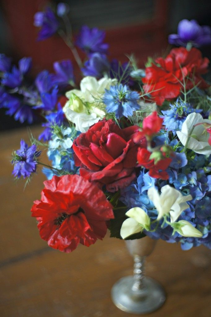 19 best red white and blue flowers images on pinterest for Red white blue flower arrangements