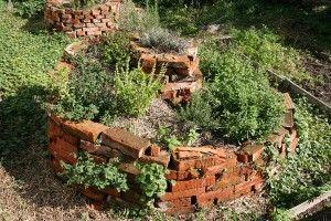Bylinková spirála Permadesign | Design přírodních zahrad