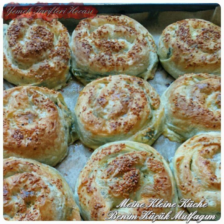 Sodalı Taze Yufkalı Ispanaklı Börek | Yemek Tarifleri Hocası