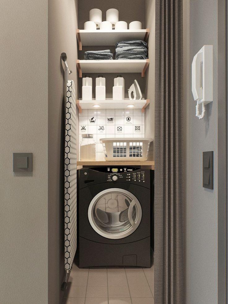 Por mas pequeño que sea el departamento, los arquitectos se las ingeniaron para armar un lavadero separado. Este se ubicó al lado de la puerta de entrada. Mediante una puerta plegable se puede mantener fuera de la vista todo el material de lavandería.