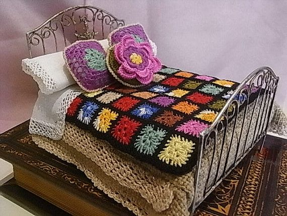 Beautiful bed in wrought iron with all accessories by ArtLittle