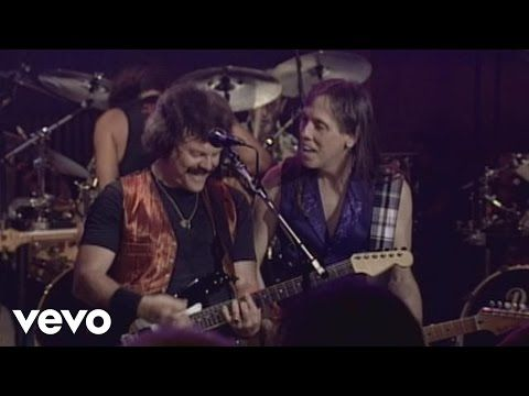 The Doobie Brothers - Long Train Runnin' - YouTube