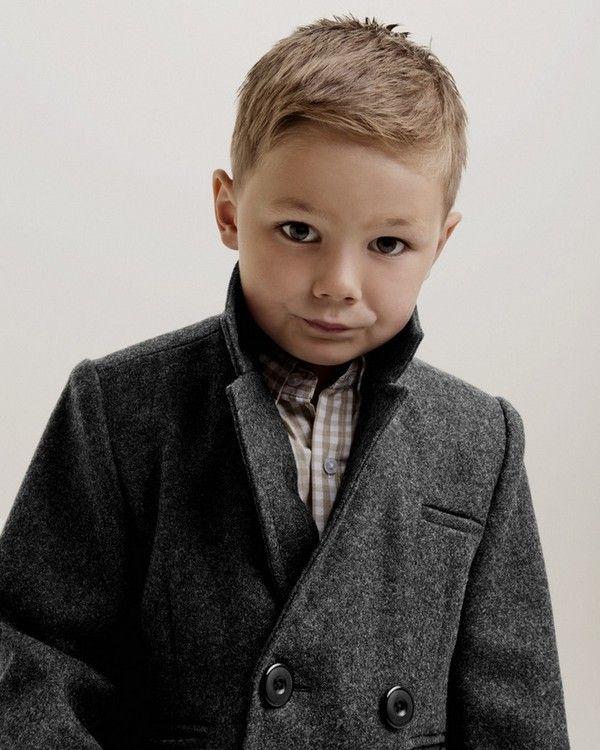 10 tijdloze kapsels die elk jongentje prachtig zal staan! - Kinderkapsels