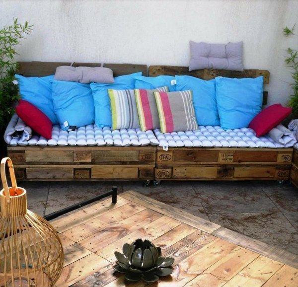 Selbstgemachte Gartenmöbel, Hausgemachte Sofa, Palettenmöbel Für Draußen,  Paletten Terrasse, Sofa Aus Palletten
