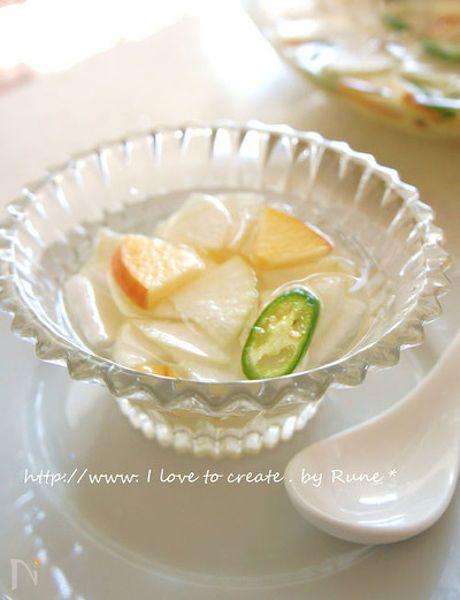 韓国の水キムチはおコメのとぎ汁や米粉を入れて3日間醗酵させて作ります。だけど3日も待てないという方のために考えたレシピです。