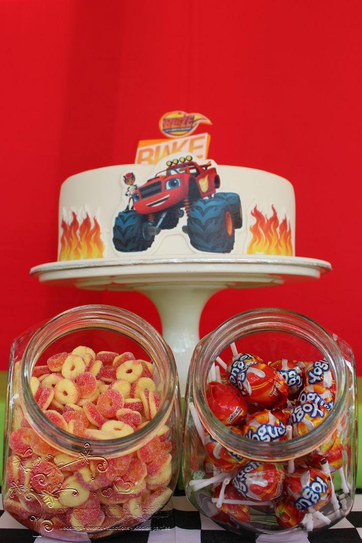 Blaze and the Monster Machine Birthday Cake & Candy Jars #BlazeAndTheMonsterMachine #LetsBlaze