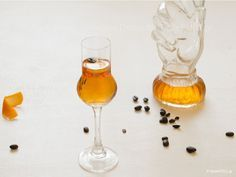 Το λικέρ πορτοκάλι καφέ είναι το αγαπημένο λικέρ των Γάλλων και είναι γνωστό σαν liqueur quarante quatre, δηλαδή 44