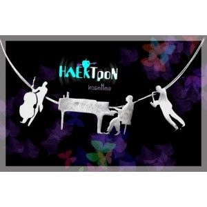 jazz trio necklace