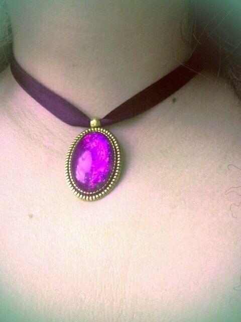 Violet cabochon glass