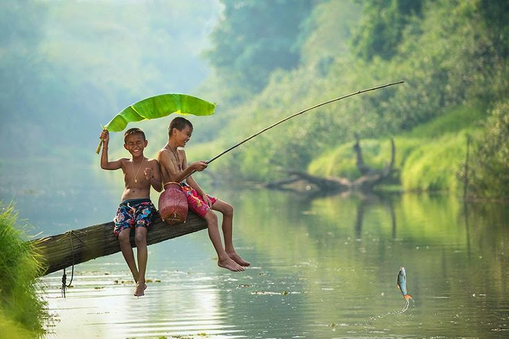 Thailand - 30 Magical Photos Of Children Playing Around The World