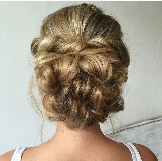 twited wedding updo hairstyle for long hair / http://www.himisspuff.com/beautiful-wedding-updo-hairstyles/6/