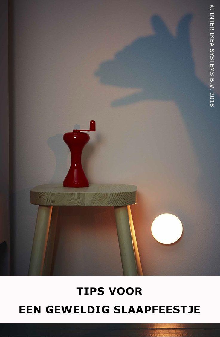 Bezorg de kinderen het slaapfeestje van hun leven! Ga voor een speels schaduwspel met gezellige nachtlampjes die ook nog eens nachtelijke monsters wegjagen. MOLGAN Led-verlichting, 4,99/1 st. #IKEABE #IKEAidee  Suprise the children with the sleepover of their lives! Organise a playful shadow play with cosy night lights that also keep away the monsters of the night. MOLGAN LED lighting 4,99/ 1pce. #IKEABE # IKEAidea