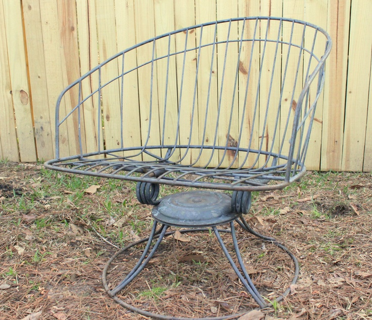 VINTAGE PATIO FURNITURE | Lawn Chair Outdoor Paitio Furniture Homecrest  Wire Mid Century Retro .