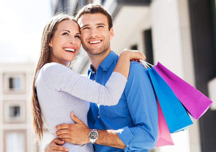 In addition to beautiful beaches and incredible weather, Destin, Florida also offers excellent shopping!