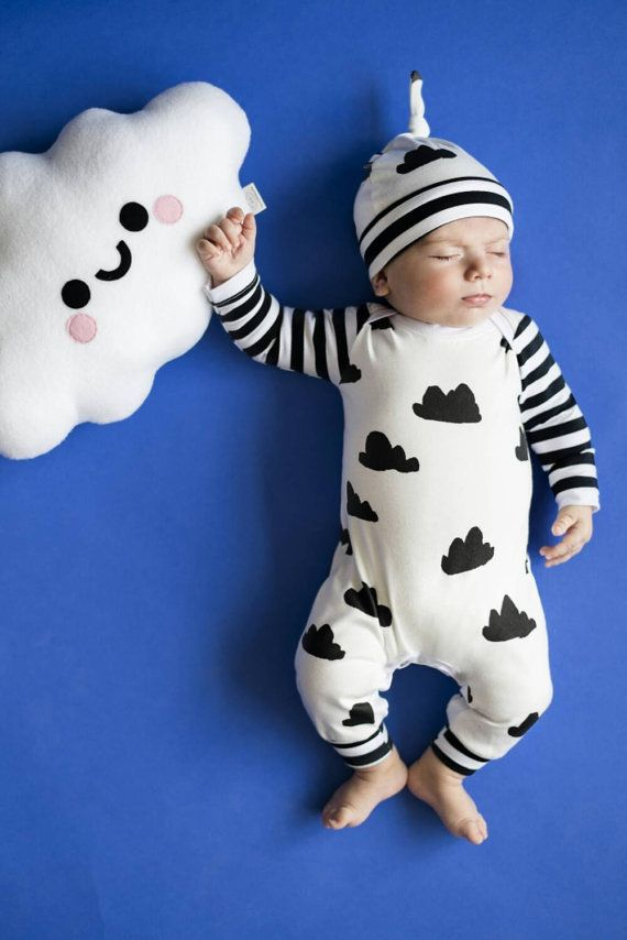 Baby romper with hat set. Take home outfit. Gender neutral.
