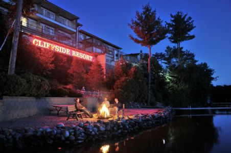 5 Best Family Resorts in the Wisconsin Dells  - Cliffside Resort and Suites