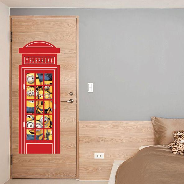 Samolepka na zeď Mimoni telefon 46,5 x 126 cm. Jednou meziměsto, prosím