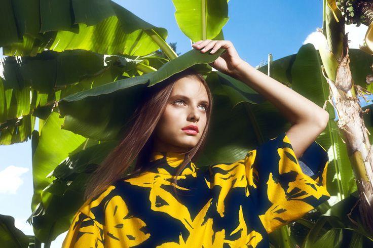 © Luisa Via Roma, Photography: Gautier Pellegrin Styling: Valentina G.Ottobri, Make-up: Alessandra Poli, Hair: Celestino Guazzini