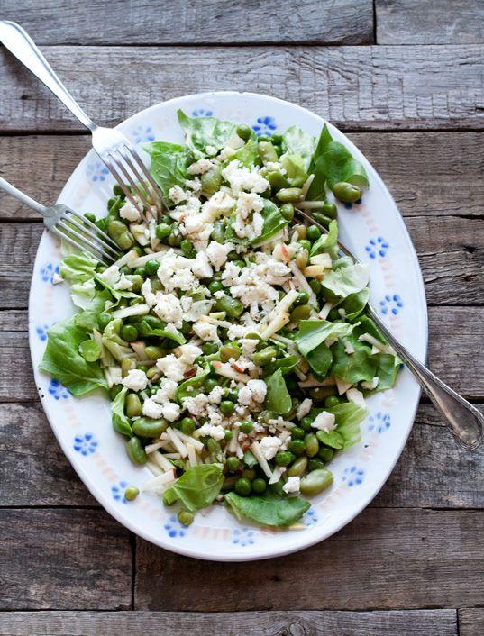Zomerse tuinbonen salade