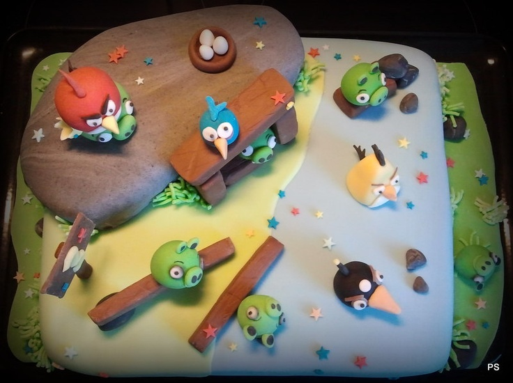 Angry Birds 3th B-Day cake vol. 1 with strawberry mousse