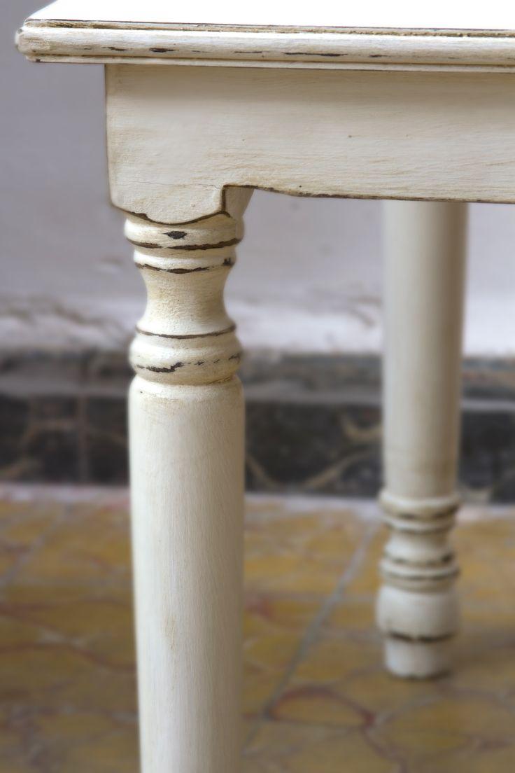 Mesa vintage restaurada by BERKANA Shop
