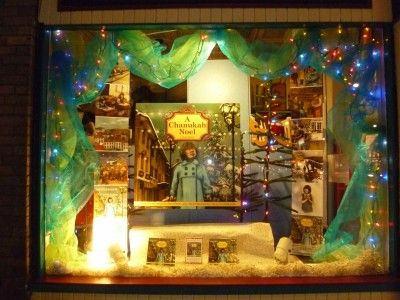 """Mable's Fables bookstore's """"A Chanukah Noel"""" window display. So sweet!"""