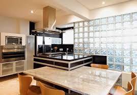 Uma boa iluminação favorece qualquer ambiente, seja ele residencial ou comercial.  Pensando em sustentabilidade e tratando-s...