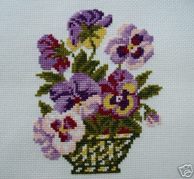 CROSS STITCH PANSIES IN THE VASE by silviaol