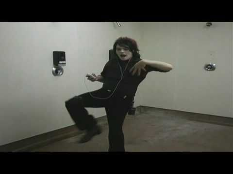 IM SORRY I NEEDED TO PIN THIS!! I LOVE IT!!! GERARD'S PRE-SHOW WARM UPS WITH HIS SHUT THE FUCK UP'S!!!
