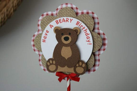 This Teddy Bear Picnic centerpiece will look very cute on your tables. The top is 5 inches in diameter and adhered to a 12 inch stick. The layers