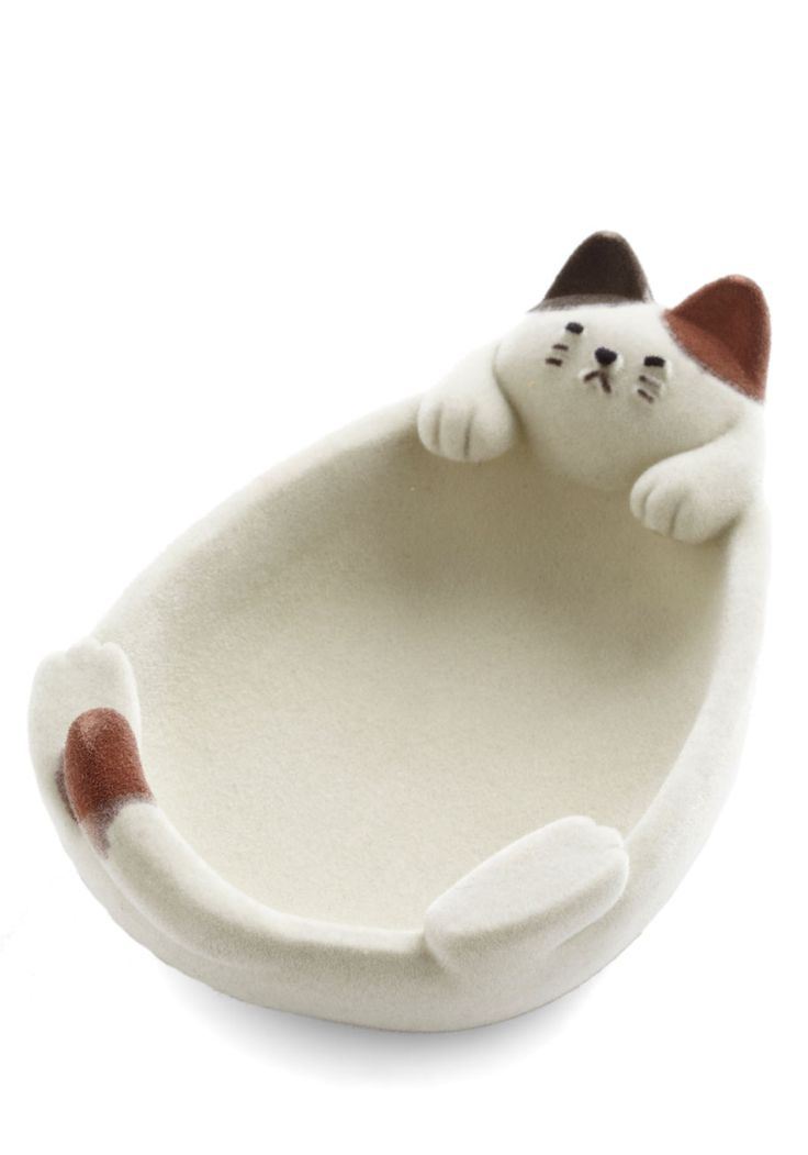 Kitty Little Things Jewelry Dish. From twinkling rings to those shiny pink paper clips you found, every type of trinket will find a happy home in this flocked cat dish! #multi #modcloth