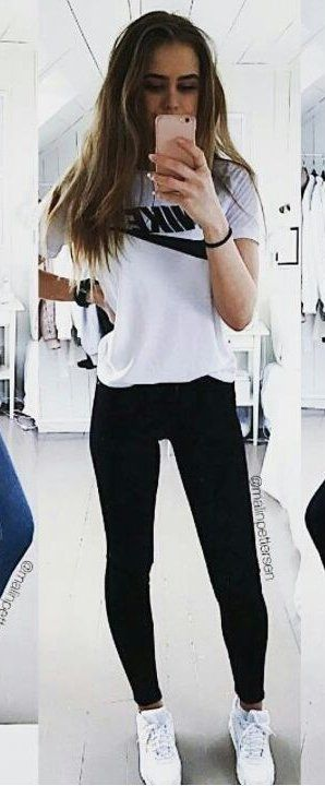 #spring #outfits woman wearing white Nike crew-neck t-shirt and black leggings standing in front of mirror. Pic by @selectionhub