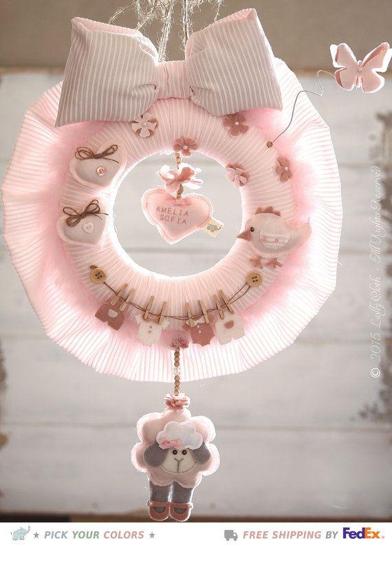 Ghirlanda neonato, Fiocco nascita neonata, Corona nascita bambina, Pecorella rosa, Regali personalizzati, Articoli neonati