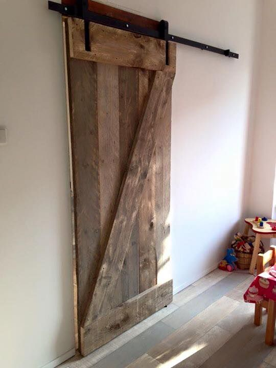 schuifdeurbeslag barndeur deurrail schuifdeur zelf maken hout steigerhout gebruit