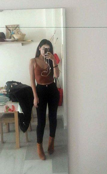 """(CHANGING ARIANA FC TO WOFLIECINDY) """"my outfit"""""""