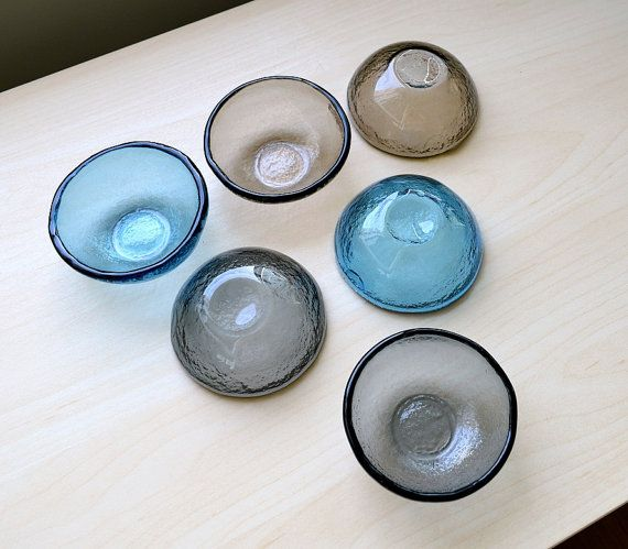 Ensemble de Six petits bols de verre fondu. Bol de par Vetrocity