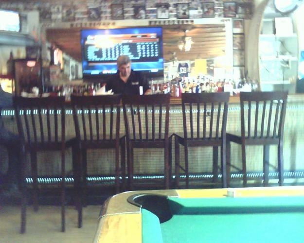 Hurricane Bar and Grill 485 Oliver St