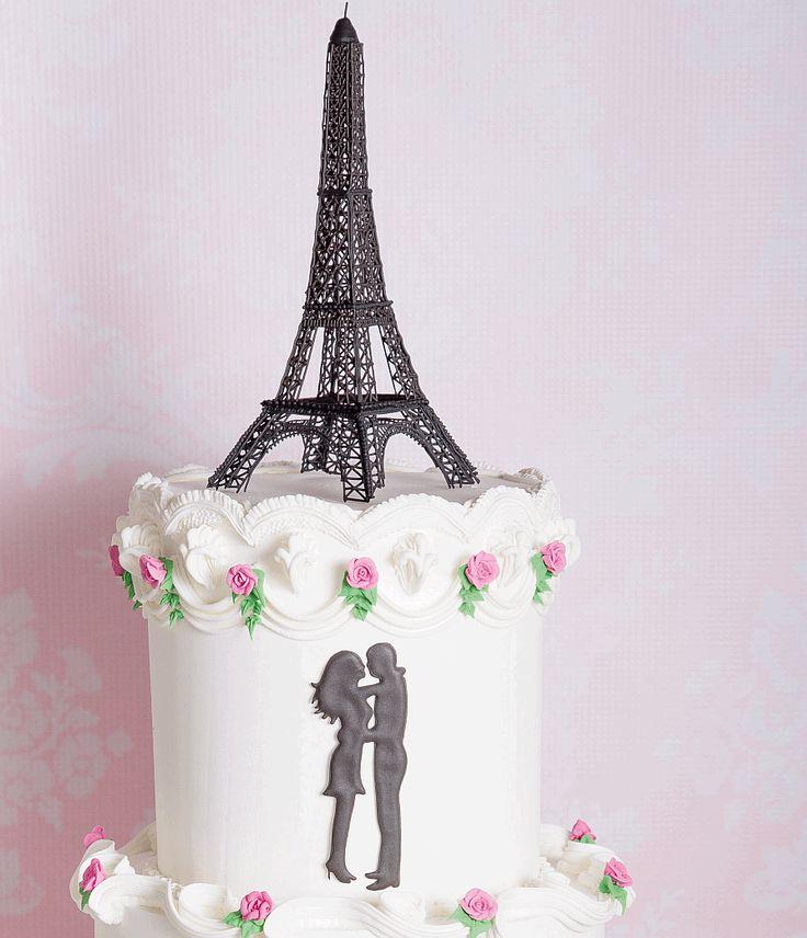 Romantiek in Parijs - Eiffeltoren taart: lees meer op http://mjamtaart.com/dezeuitgave/37/eiffeltoren-taart/