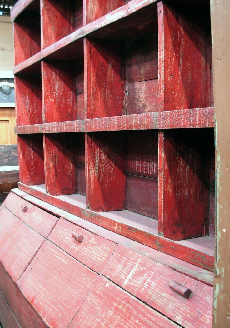 Muebles de Almacén, Antigüedades Carroza