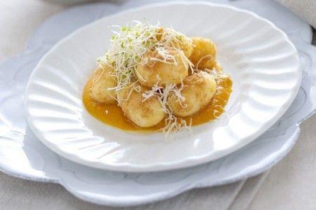 Gnocchi di polenta con formaggio salato asino - Primi piatti - Portale Nordest